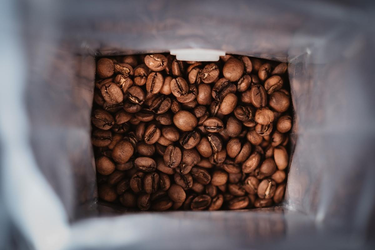 アルミ加工付きのコーヒー豆保存袋