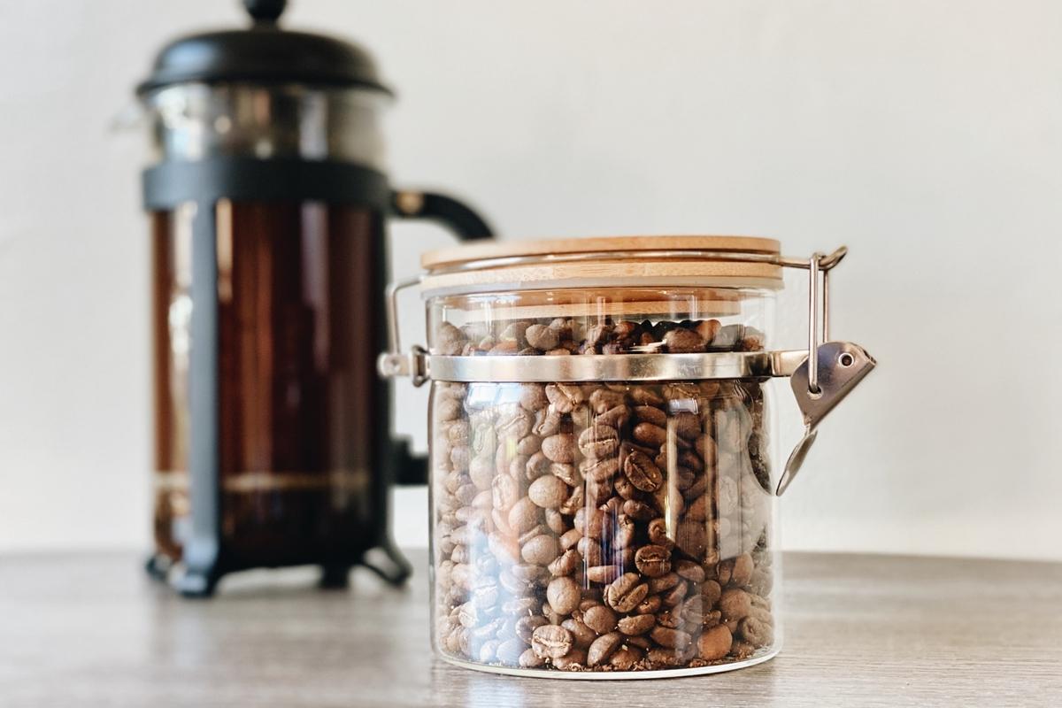 コーヒー豆の保存容器にはどんな種類がある?おすすめキャニスターも紹介