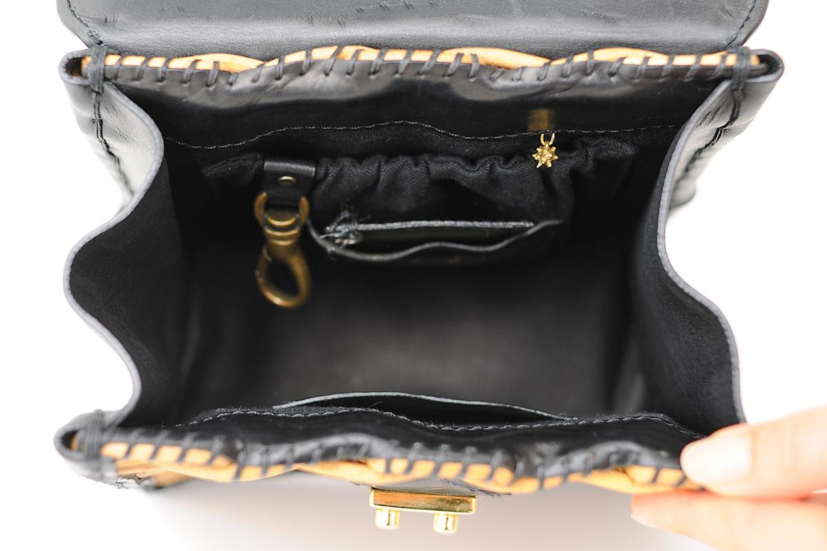 かっちりバッグのポケット