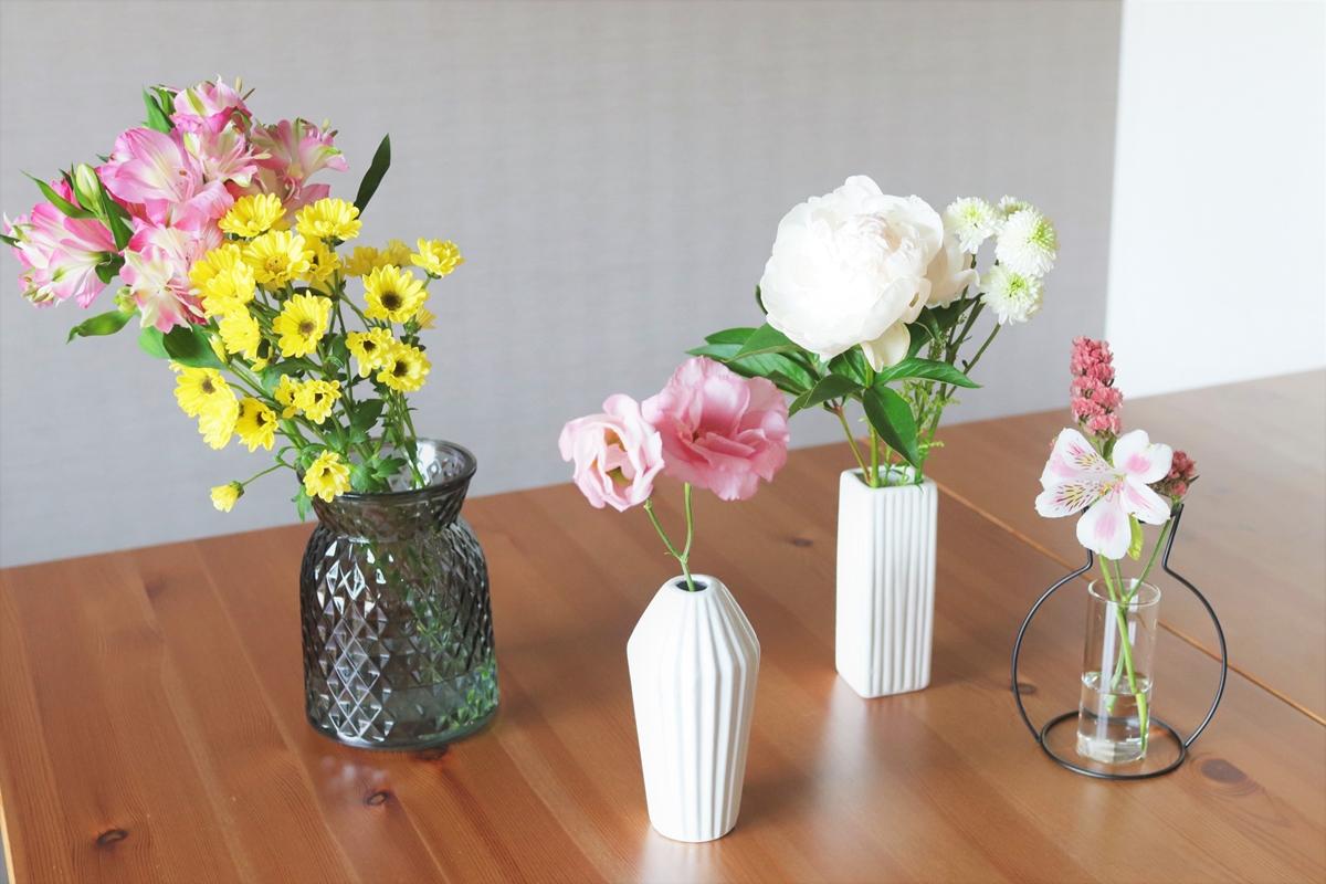 【100均】おしゃれな花瓶がいっぱい!キャンドゥやダイソーのおすすめ花瓶