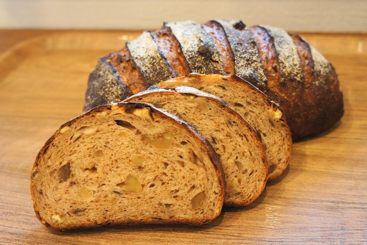 栗とシナモンのパン