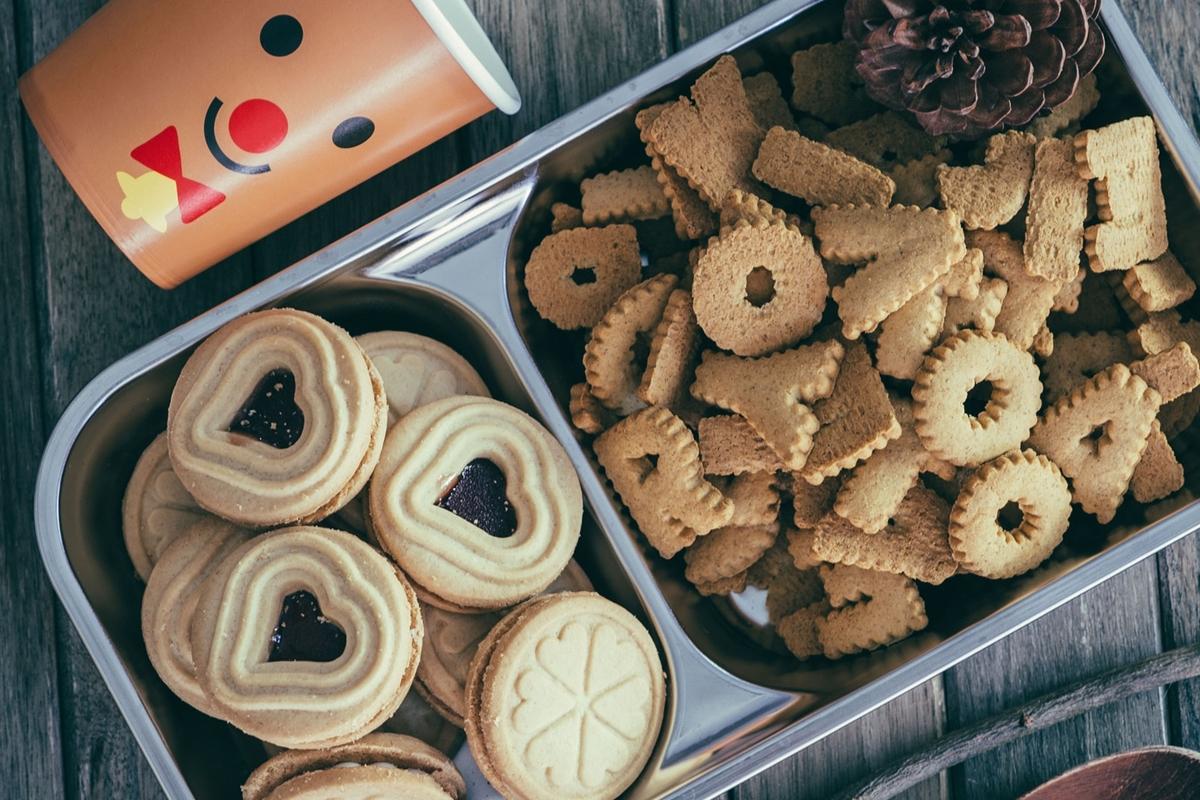 クッキーのアソート缶