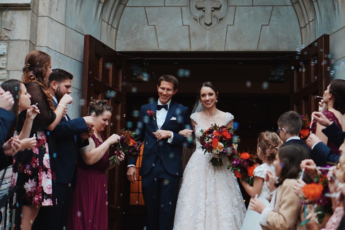 友達の結婚式に参列する