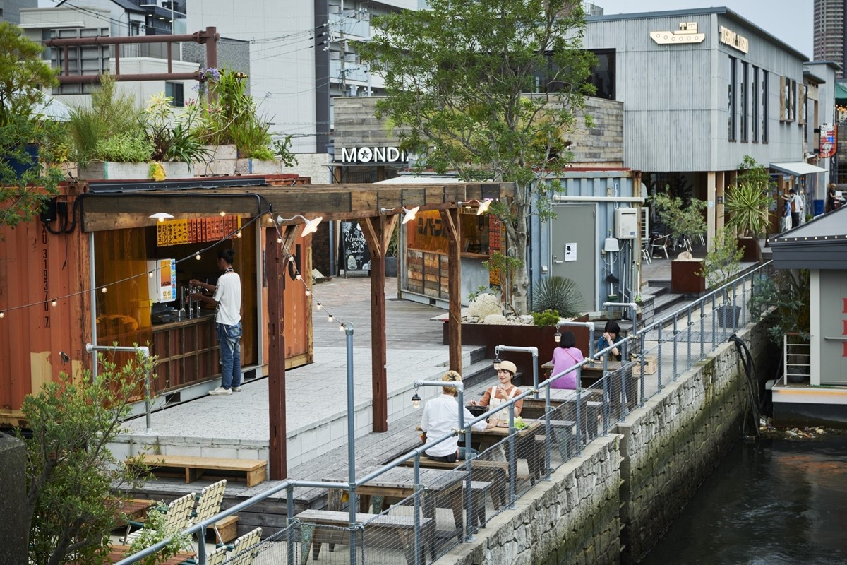 大阪市大正区の焼肉店の客席