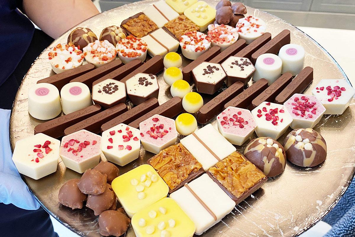 「ホテルショコラ」が梅田にオープン!ドリンクやチョコを試食してみた【編集部レポ】
