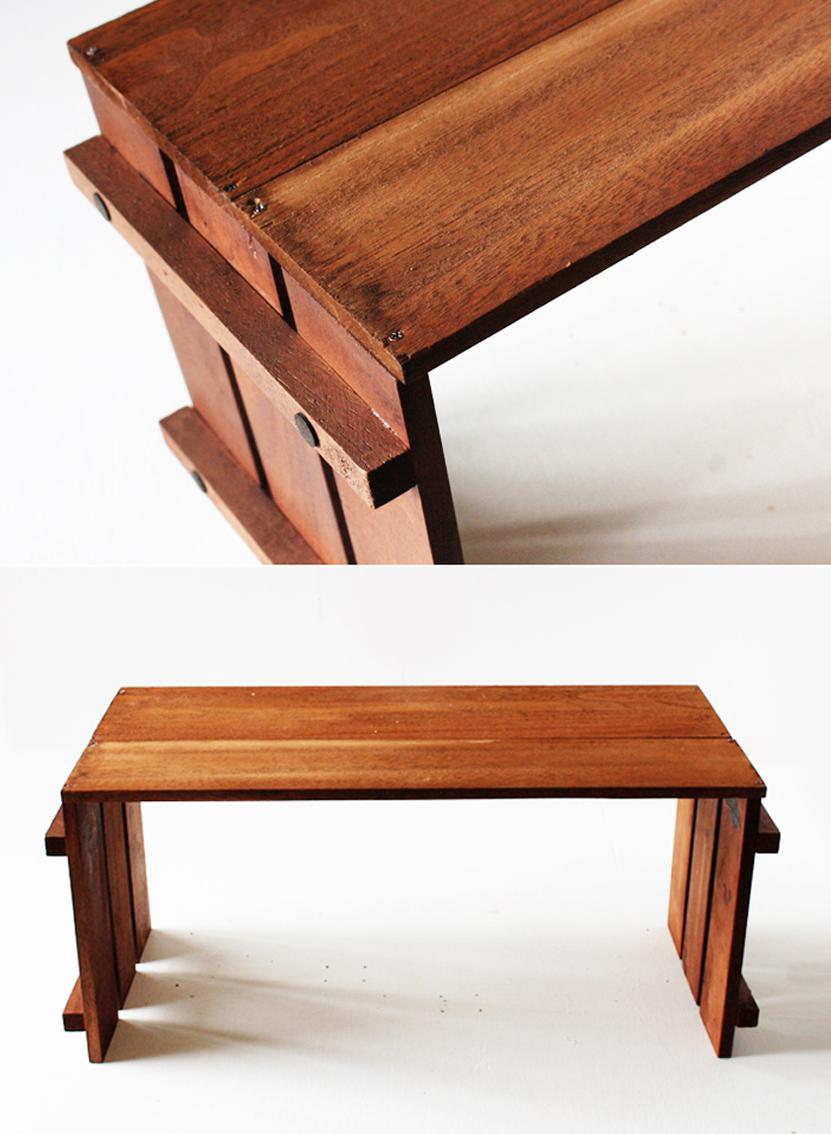 木材とウッドパネルを組み合わせる