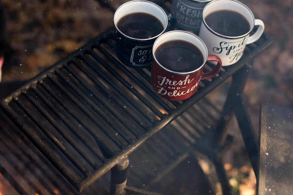 3つのコーヒーカップ