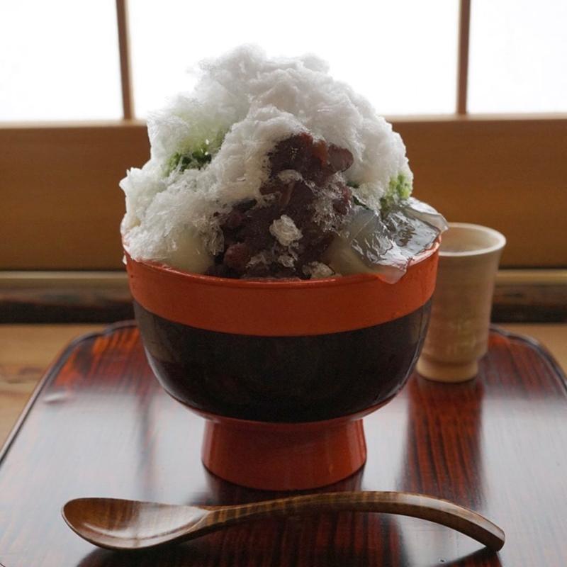 樫舎の蕨餅入りかき氷