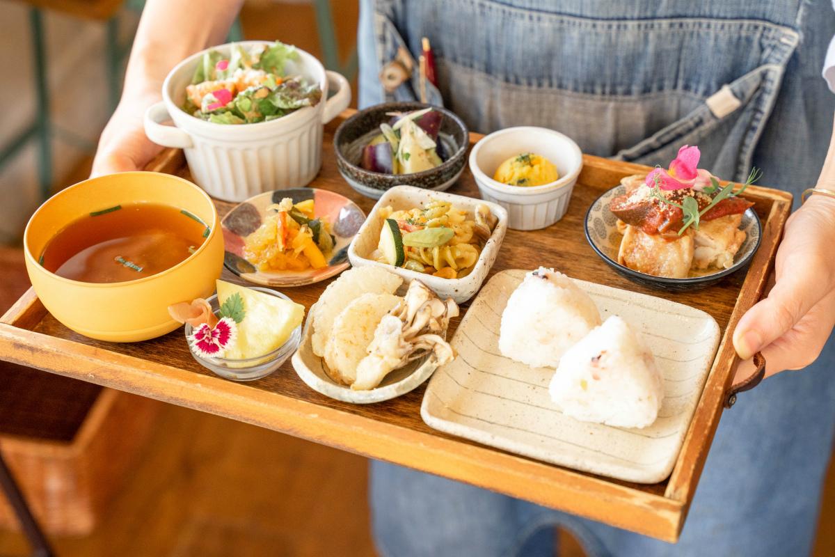 【千里山】「オーガニックキッチンアナトリエ」でカラダを労うやさしいランチ