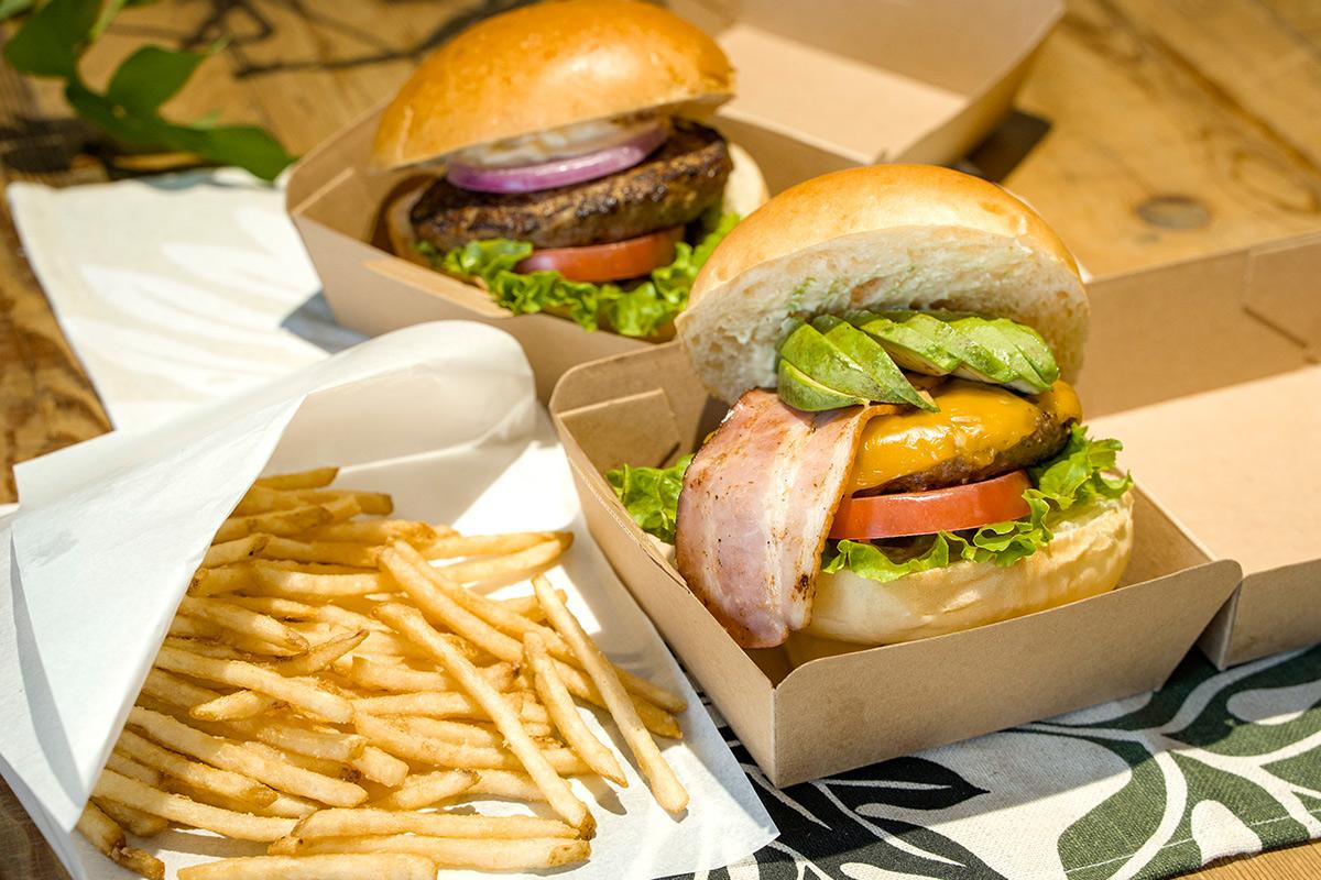 アロハカフェパイナップルのハンバーガー