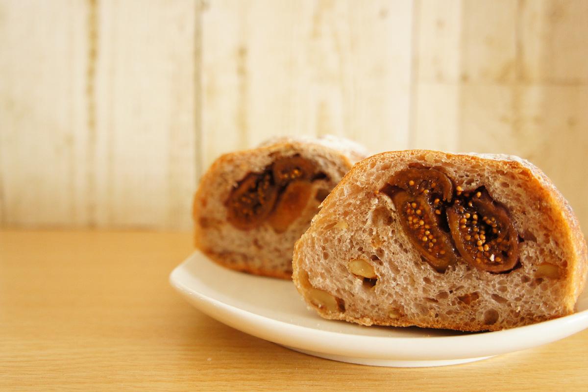 【甲子園口】「リップカレント」で見つけたハード系パンやお酒に合うパン